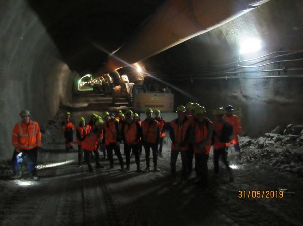 v_tuneli
